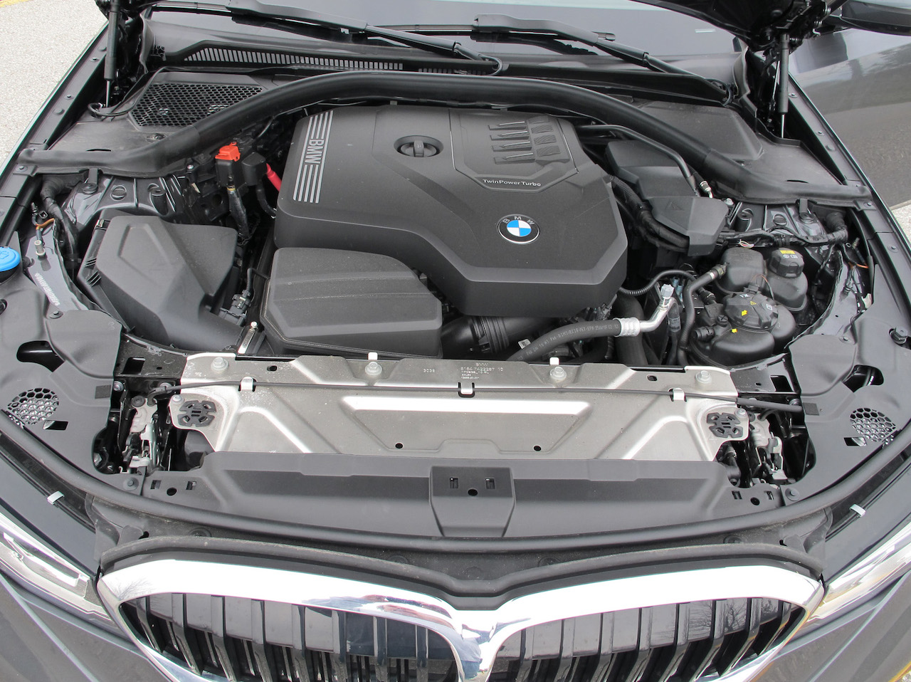 Review 2019 BMW 330i xDrive