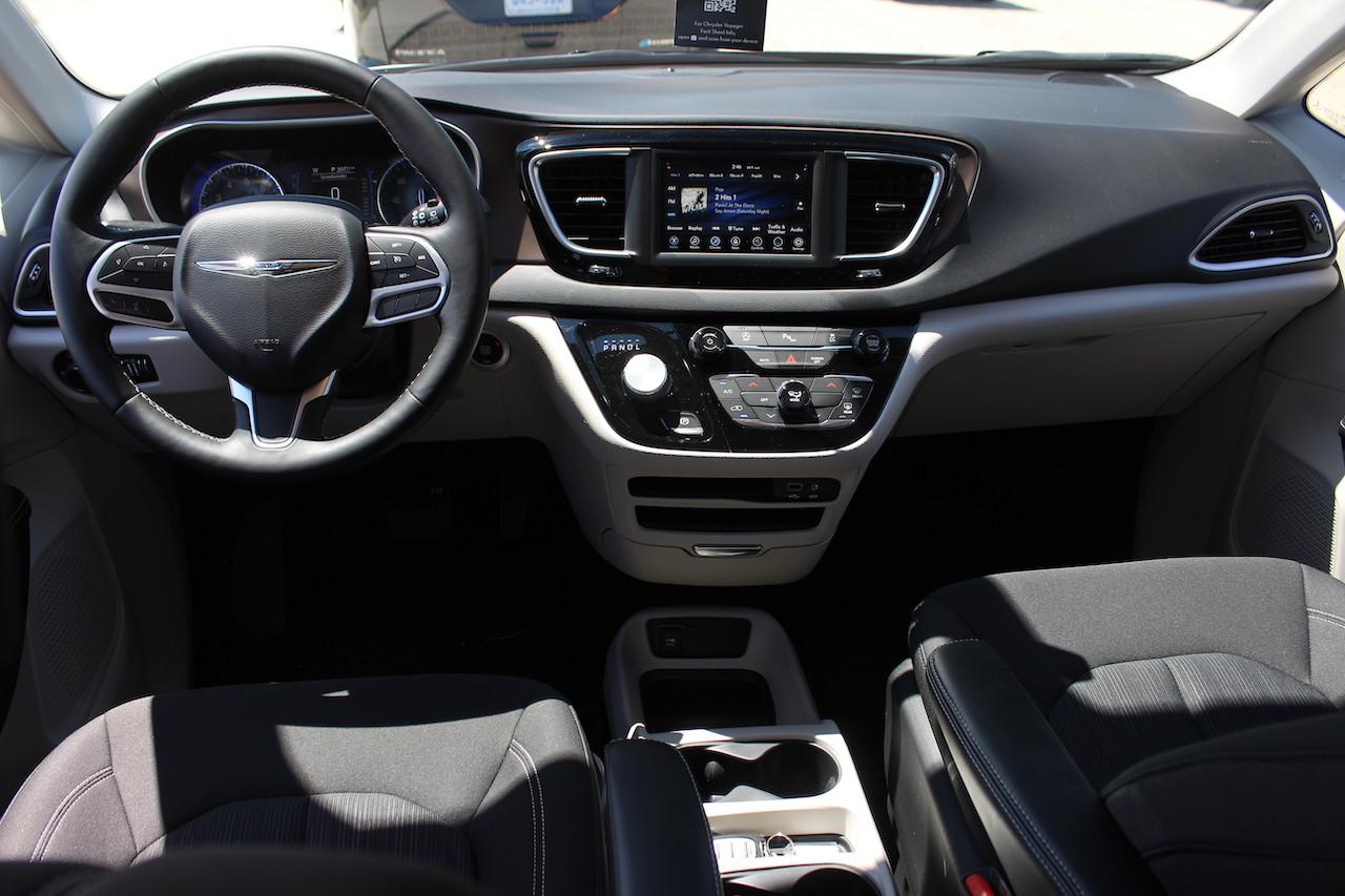 Preview 2020 Chrysler Voyager