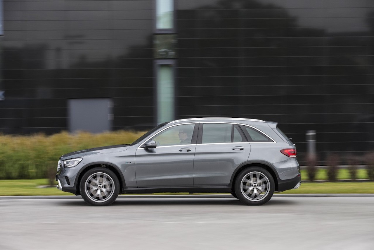 Mercedes Upgrades GLC 350e