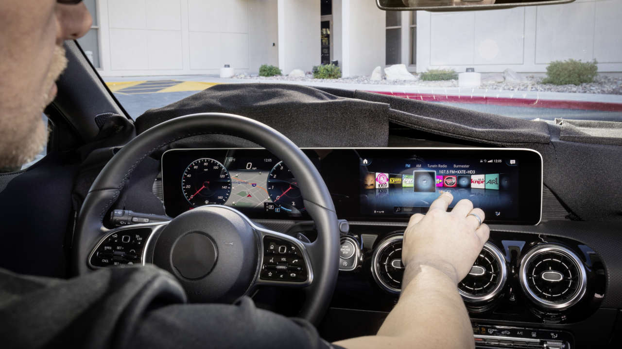 10 tech features Mercedes-Benz