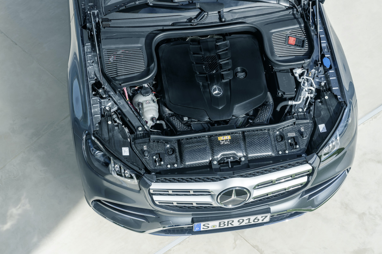 tech features Mercedes-Benz