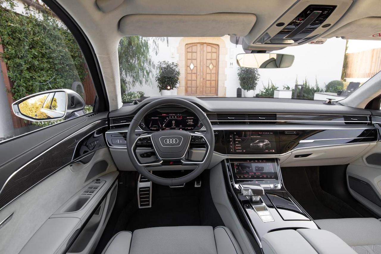 Review 2020 Audi S8