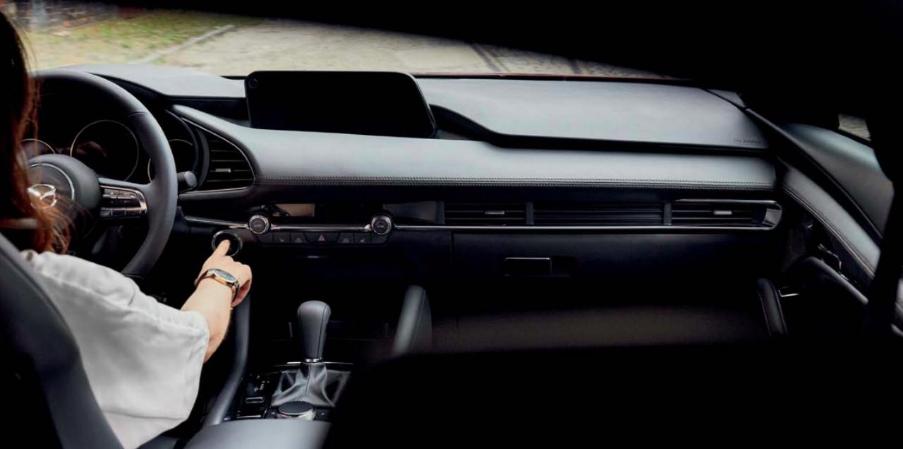Review 2020 Mazda 3 GX