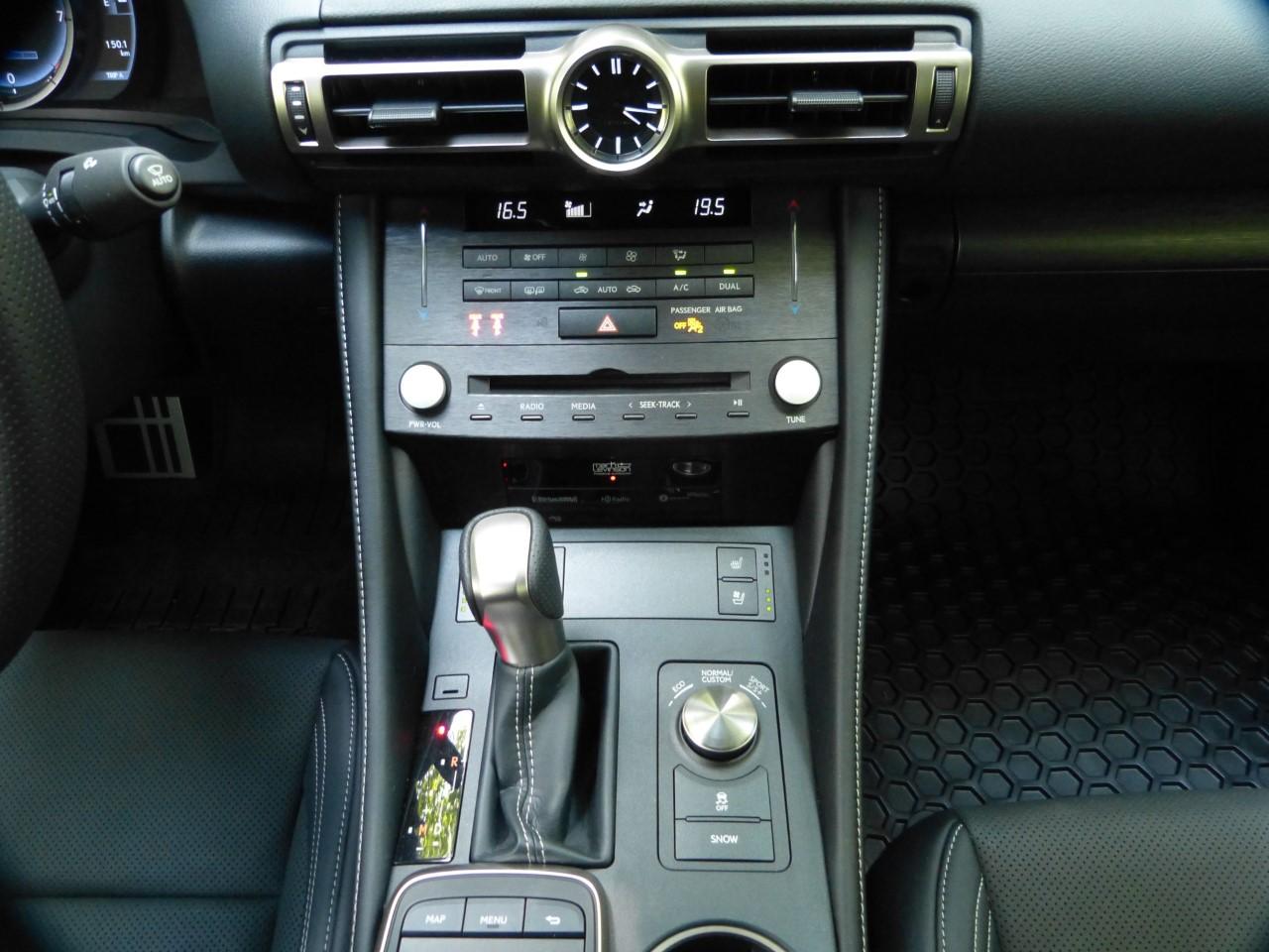Review Lexus RC 350