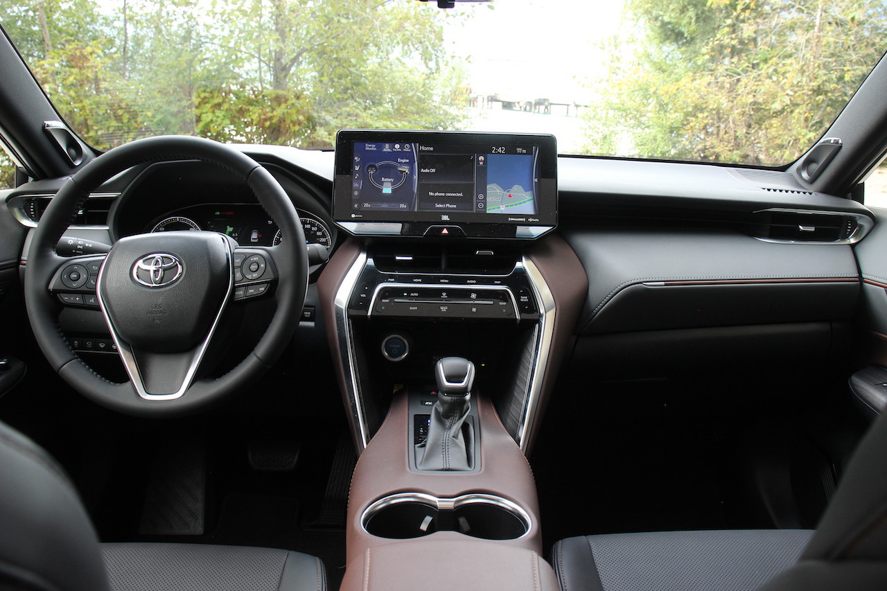 First Drive 2021 Toyota Venza