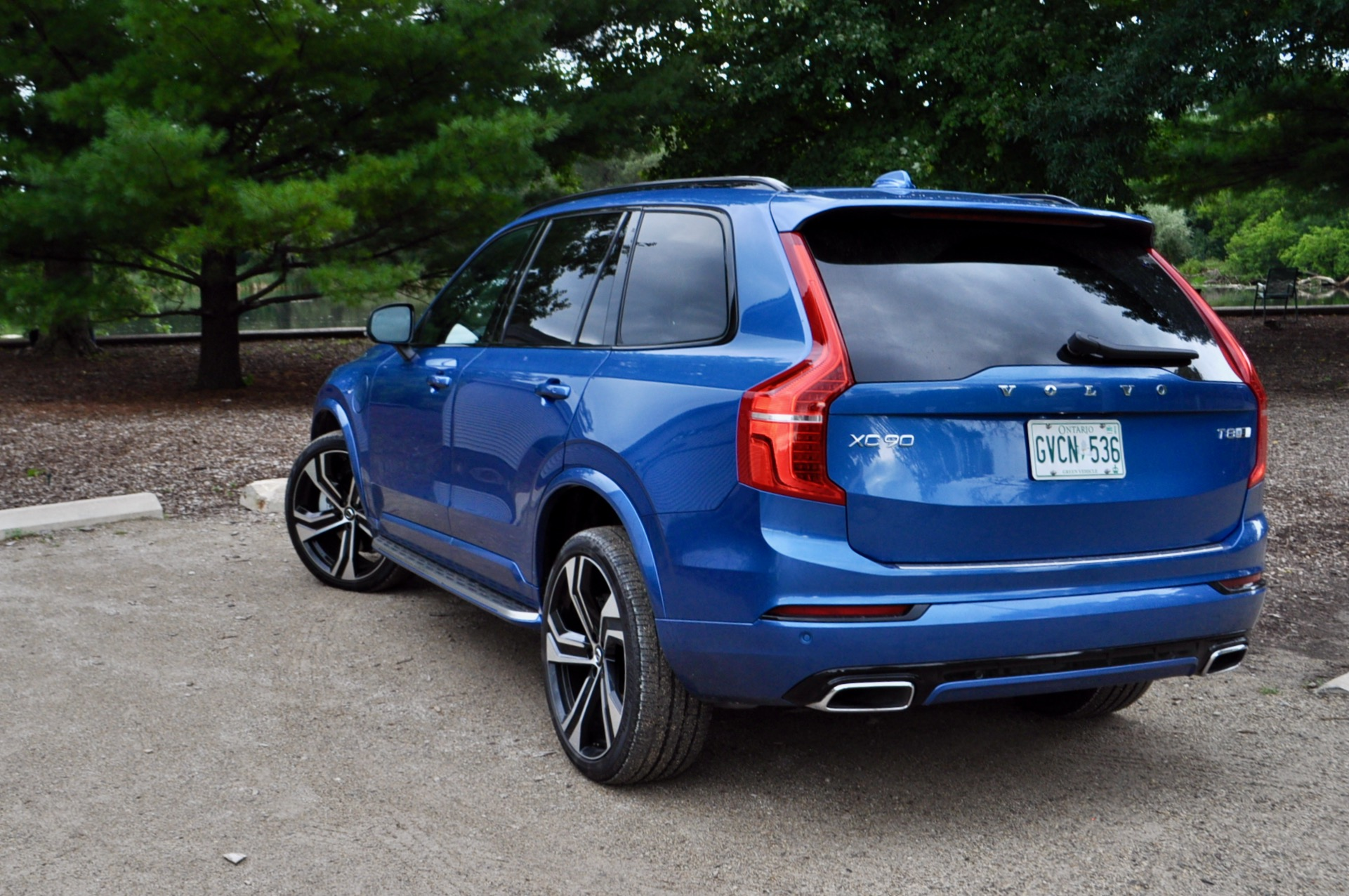 Review 2020 Volvo XC90 T8