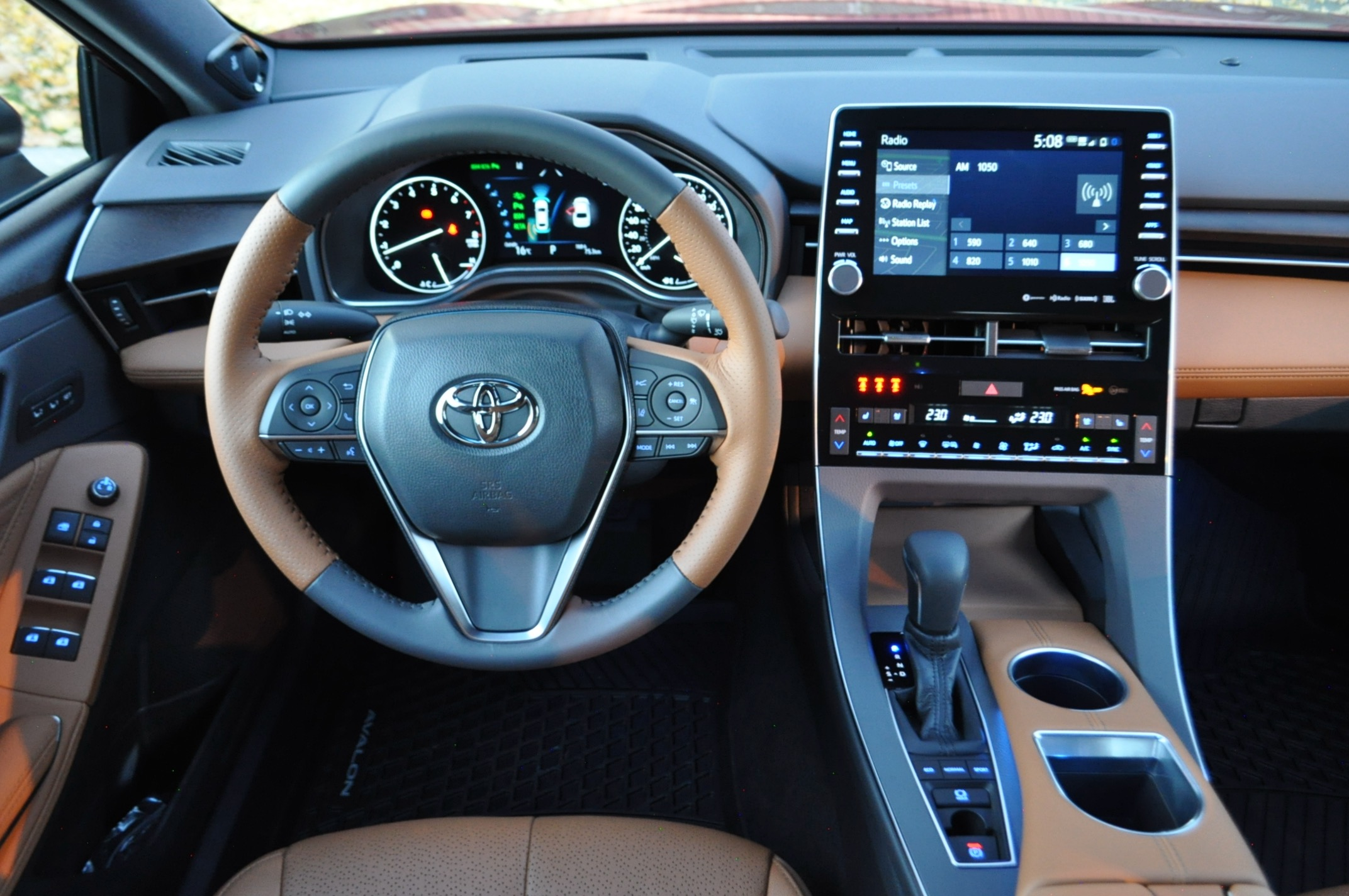 Review 2021 Toyota Avalon Limited