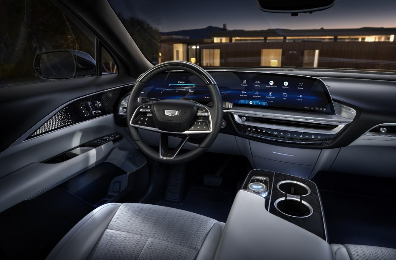 2023 Cadillac Lyriq debuts