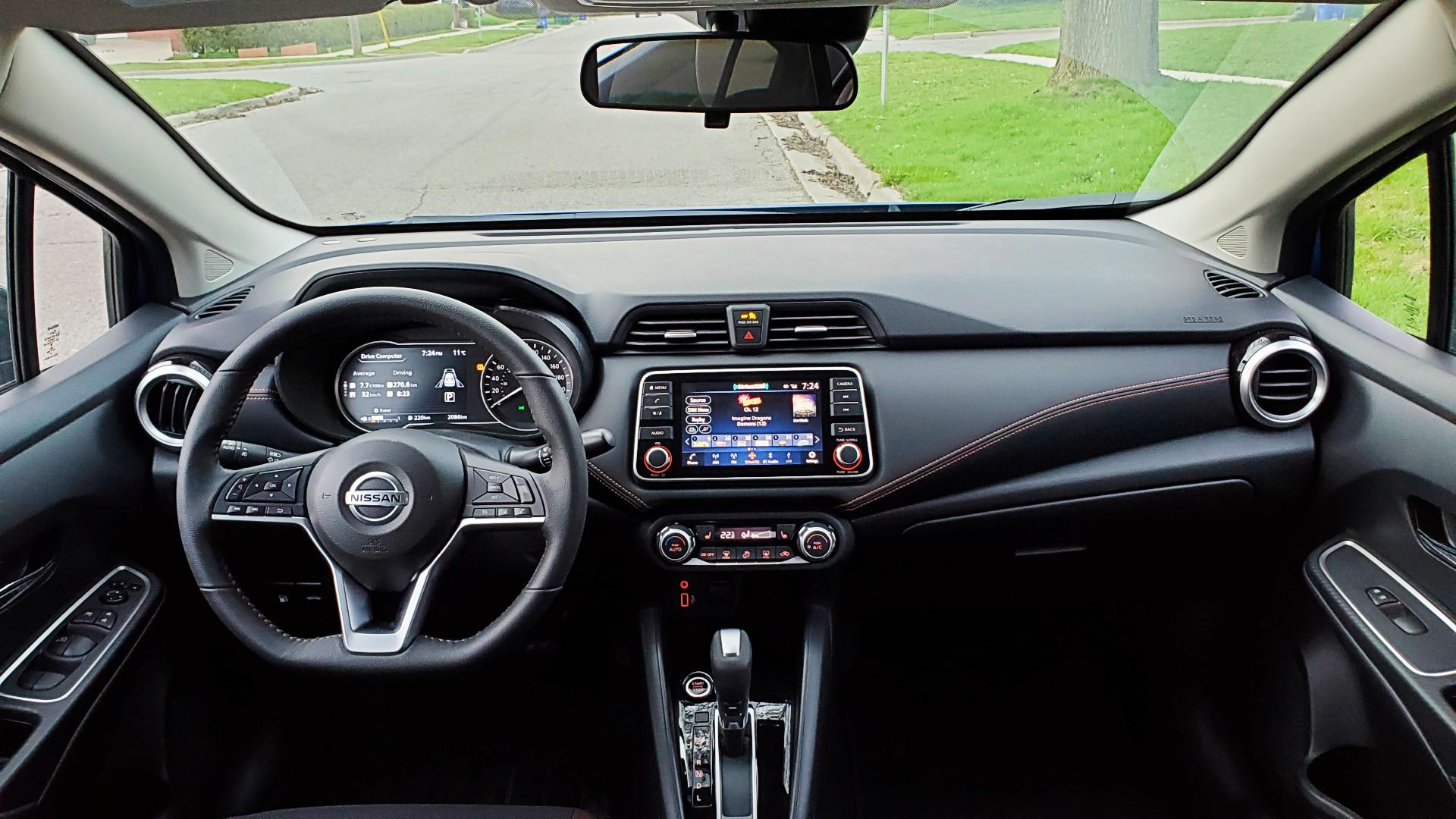Review 2021 Nissan Versa SR