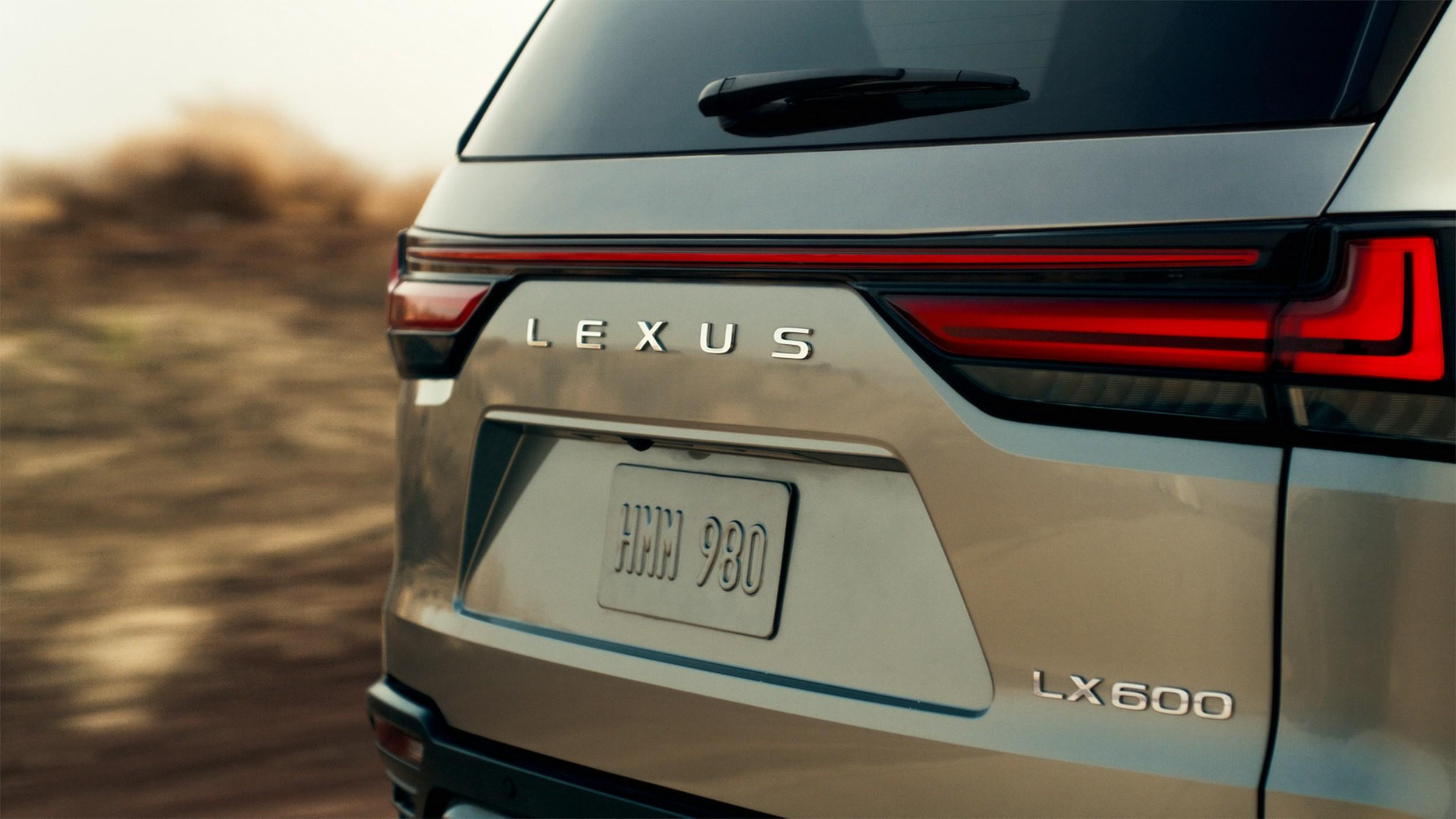 2022 Lexus
