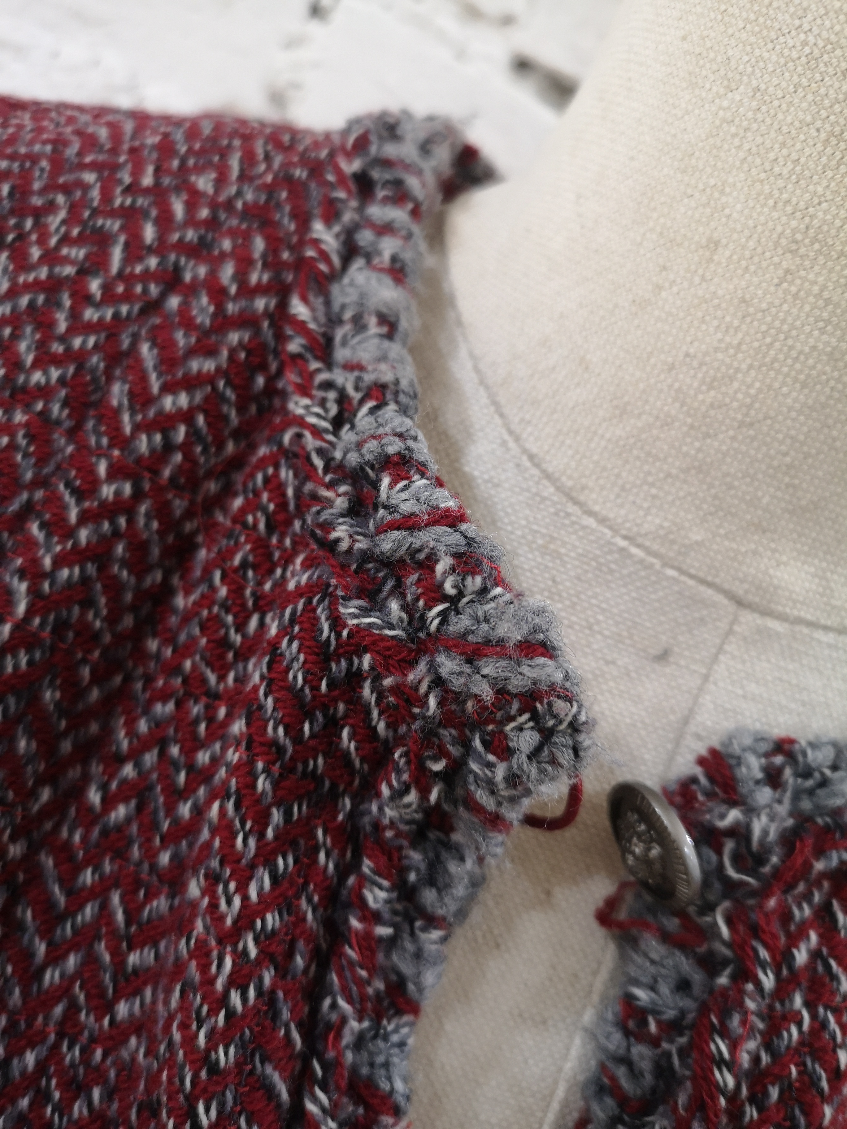 Chanel bordeaux wool jacket CHANEL | Jacket | BORDEAUXTASCHE