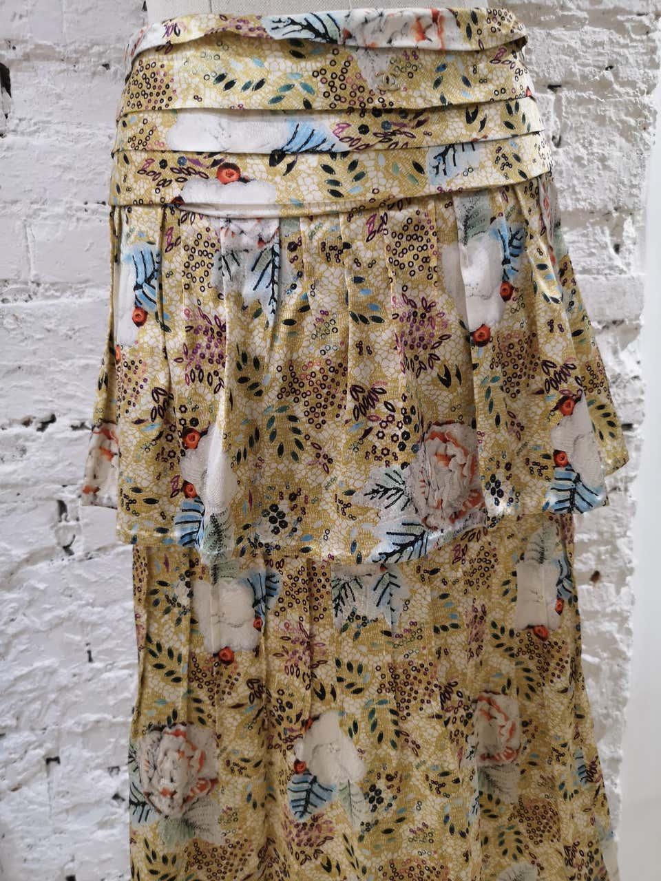Chanel silk Skirt Chanel   Skirts   GONNA SETASETA