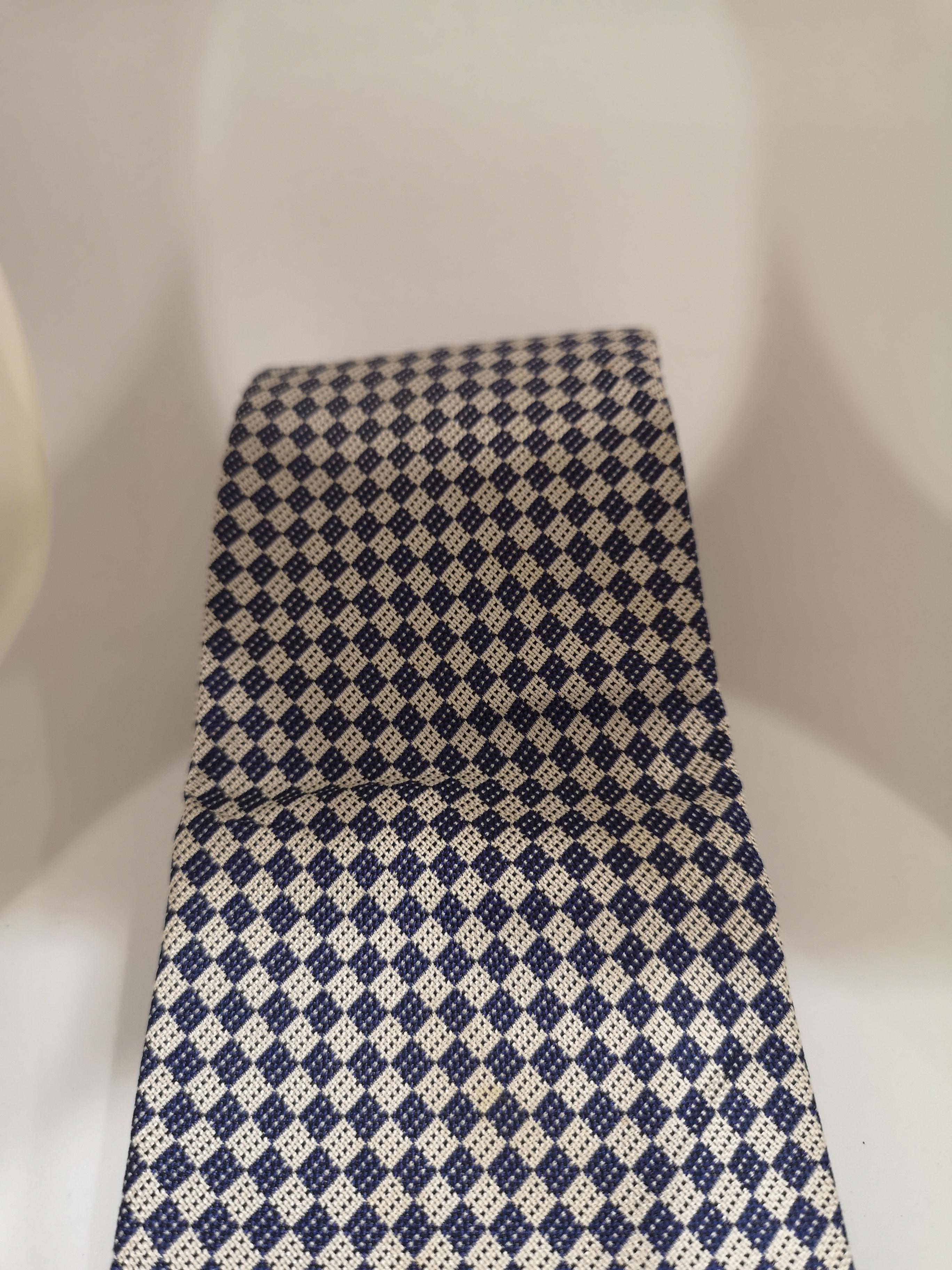 Emporio Armani whtie blue silk tie VIntage |  | CRAVATTA32