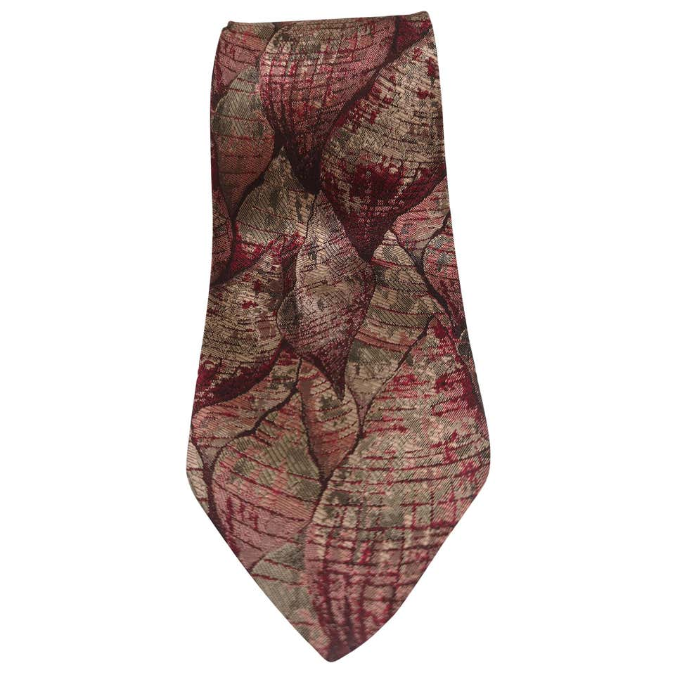 Fendi red multicoloured shells silk tie Fendi |  | TIEROSSO CONCHIGLIE