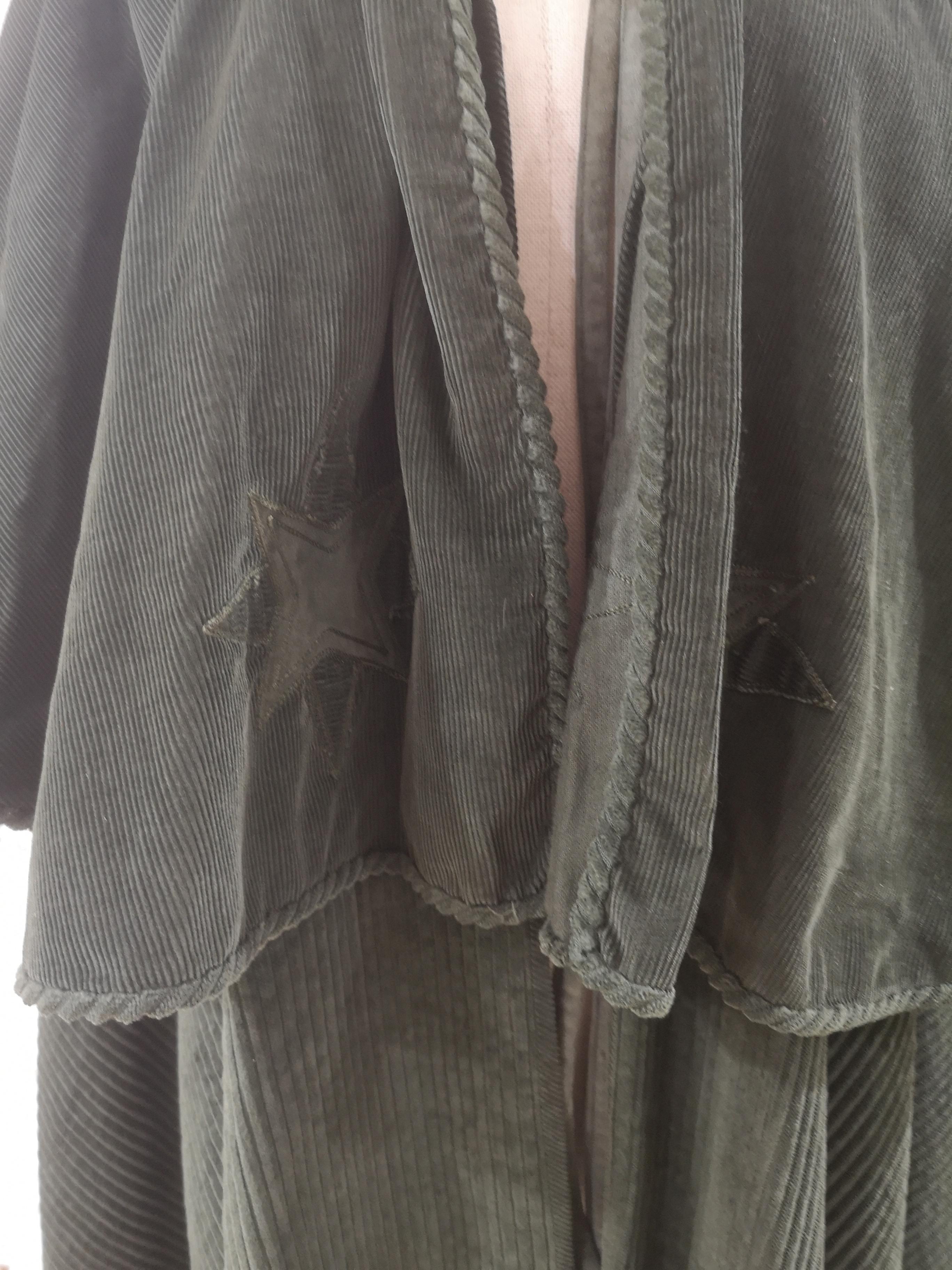 Versace   Mantella   AT021XS300VERDE