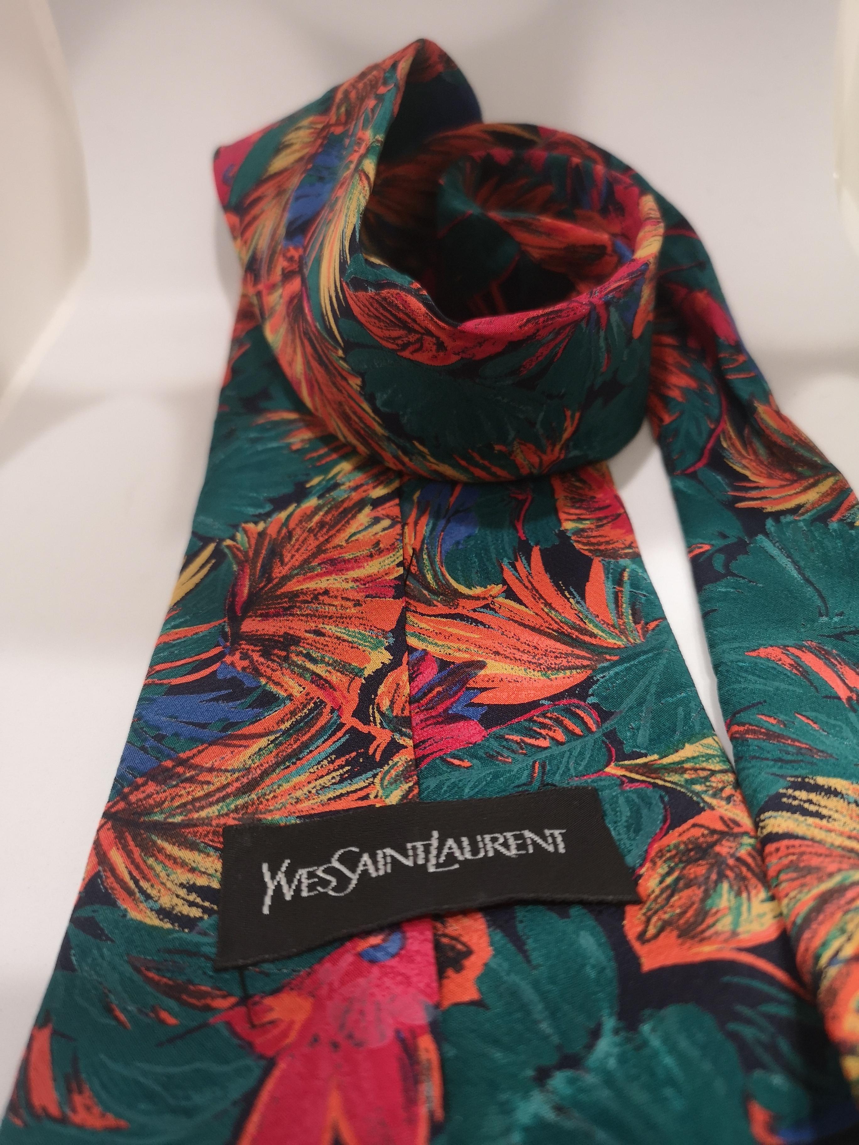 Yves Saint Laurent multicoloured leaves silk tie yves saint laurent | Cravatta | MULTI TIEFOGLIE