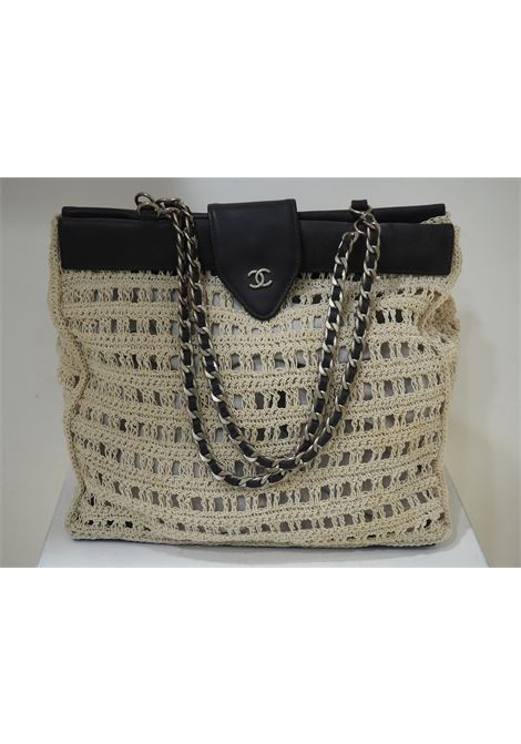 Chanel Beige crochet black leather shoulder bag CHANEL | Bag | VXR022NERO
