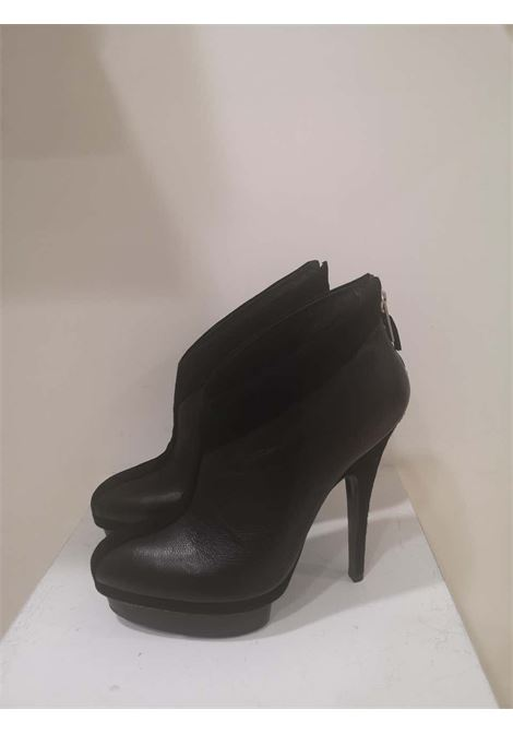 Yves Saint Laurent Black shoes yves saint laurent | Shoes | MG019100XSSCAMOSCHIATO