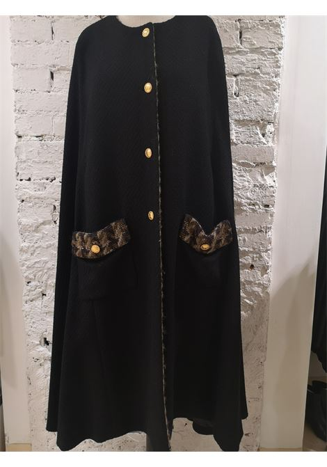 Chanel black wool and silk cape Chanel | Capes | AT020XS225E0VNERO