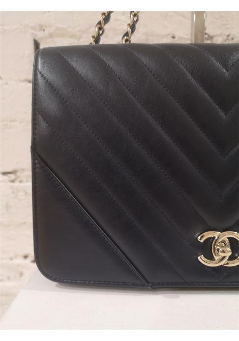 Chanel blue leather silver hardware shoulder bag Chanel | Bags | AMGV021X33DSE0KC0BLUE