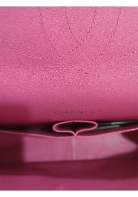 Chanel fucsia leather maxi jumbo shoulder bag Chanel | Bags | AMGV021XS40XS00MAXI JUMBO