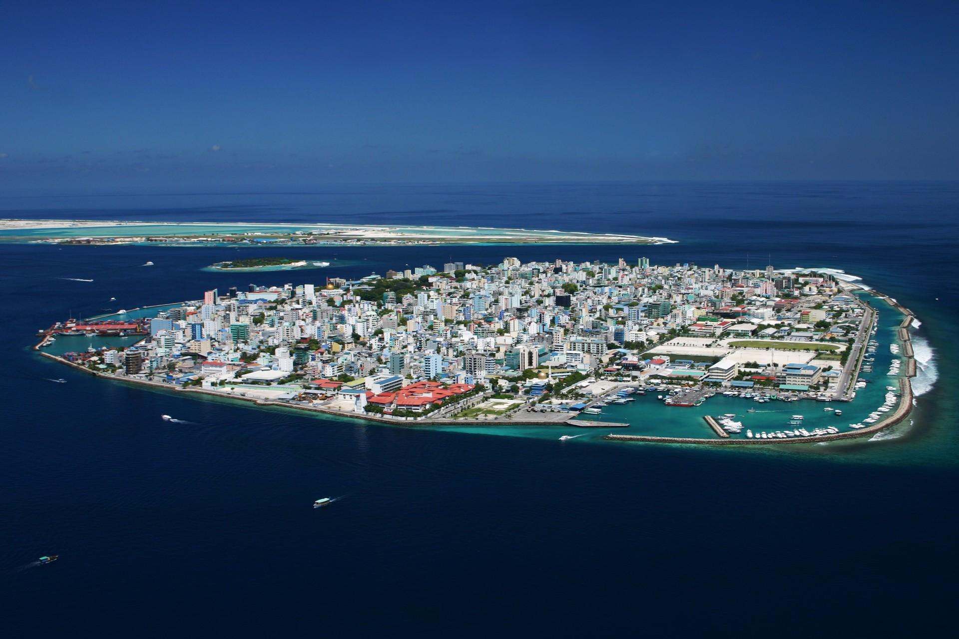 Maldives Population in 2017