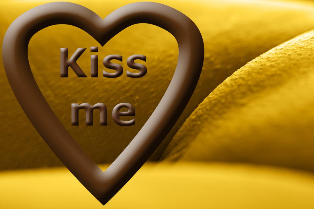 Love me, kiss me - IMG045... | www.art-seekers.com