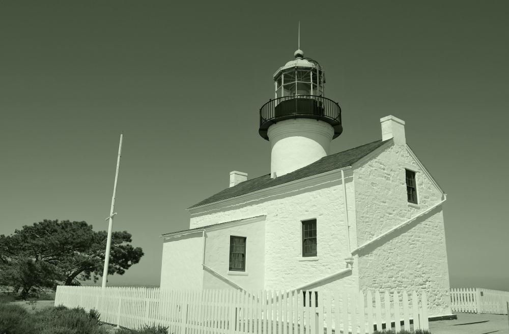Old Cabrillo Lighthouse   Photos by Pinta