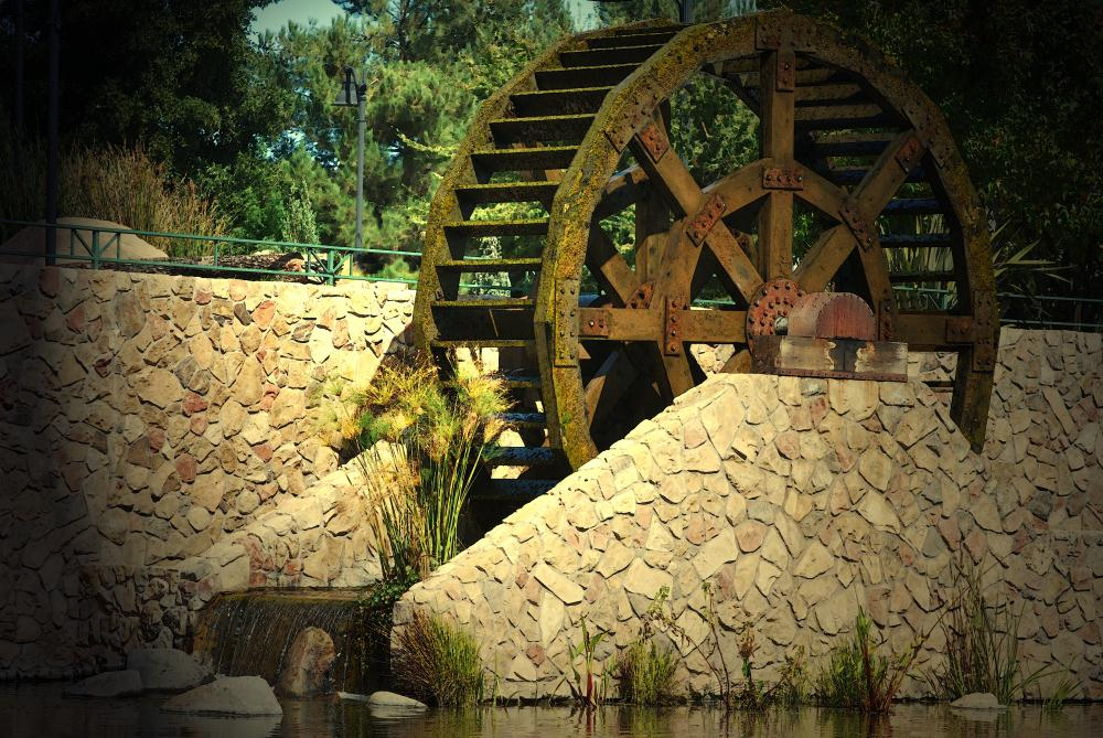 Water Wheel | Photos by Pinta