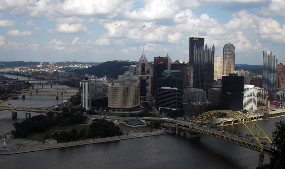 Pittsburgh Skyline | Photos by Pinta
