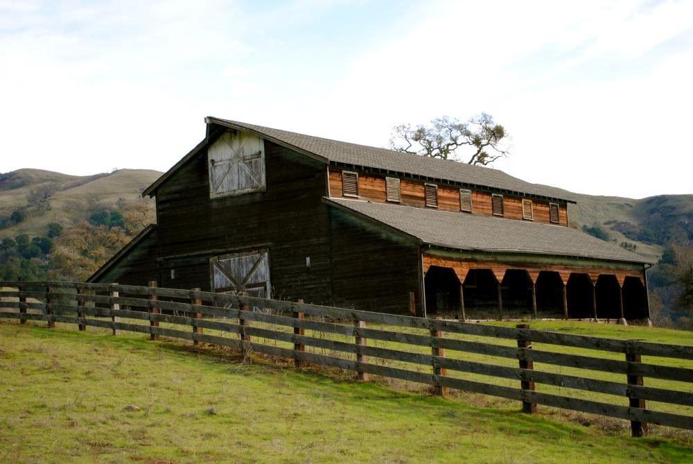 Ohlone Barn | My Art's Desire