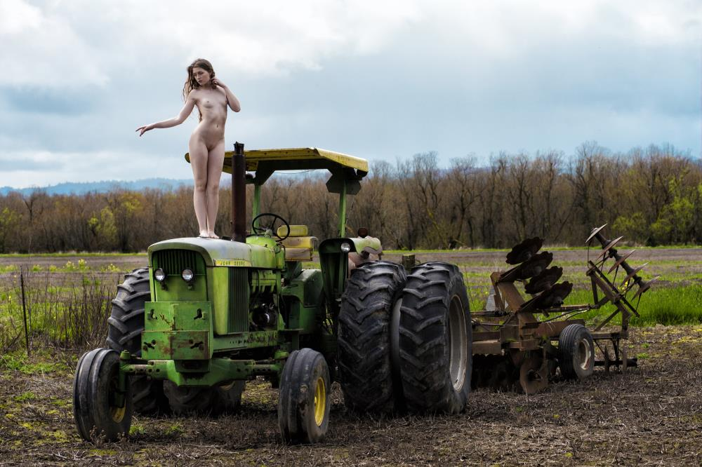 Farmers Daughter | Muse Evolution Photograph...