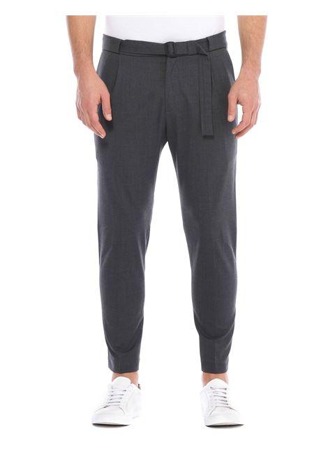 Pantalone  con cintura in vita LOW BRAND | Pantalone | L1PFW20215322N064