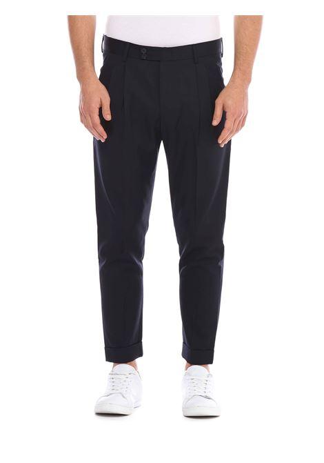 Pantalone con passanti in vita LOW BRAND | Pantalone | L1PFW20215324E052