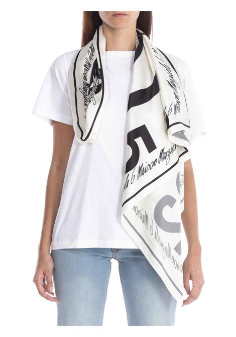 T-shirt over MM6 MAISON MARGIELA   T-shirt   S32GC0574S23588