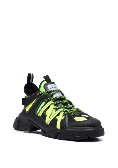 MCQ | Sneakers | 667888R2762