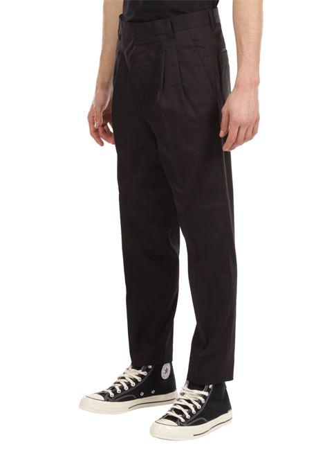 Pantalone con pince GRIFONI | Pantalone | GI140002/29NERO