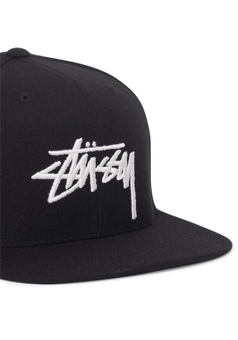 Cappello con logo STUSSY   Cappello   131986STOCK CAP N