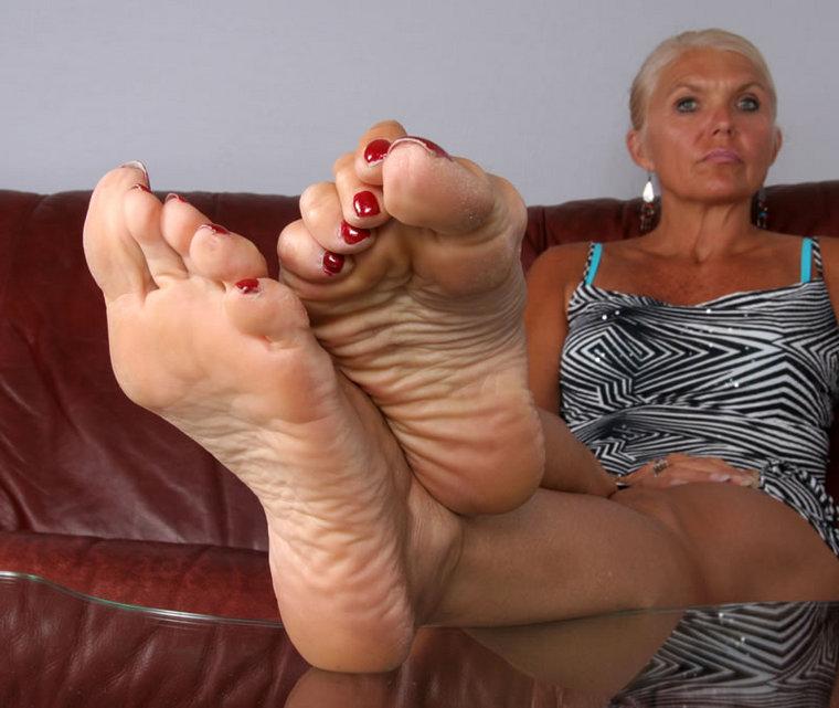 Old Mature Feet 83