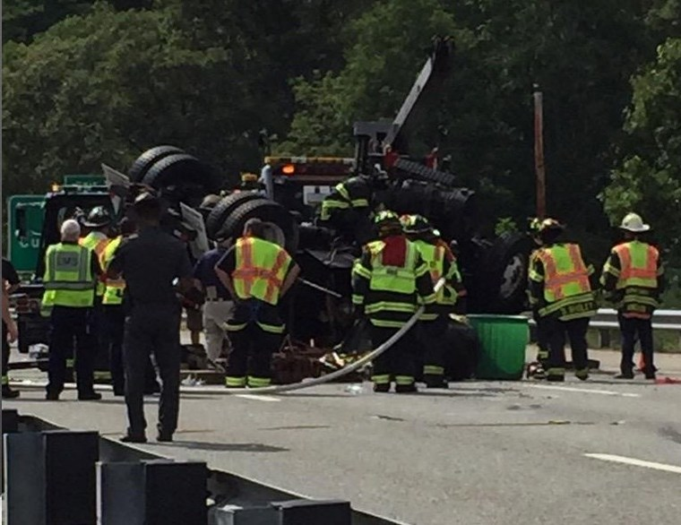 Police ID truck driver killed in I-295 crash RI(correction