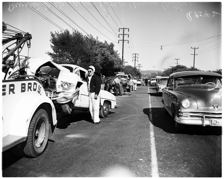 1950's crash pics from Los Angeles - Tow411