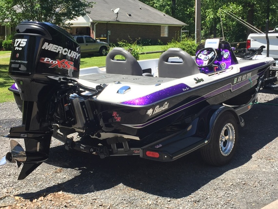 Up for sale in Arkansas - Bass Cat Boats