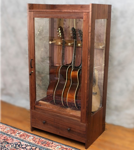 Guitar Habitat Humidity Controlled Cabinets The