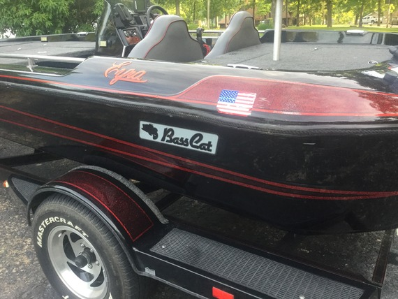 1994 eyra for sale in central MO  Sold - Bass Cat Boats