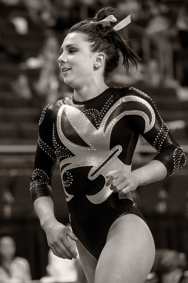 Photo Sequence - Rheagan Courville's 10.0 Vault at SEC's ...