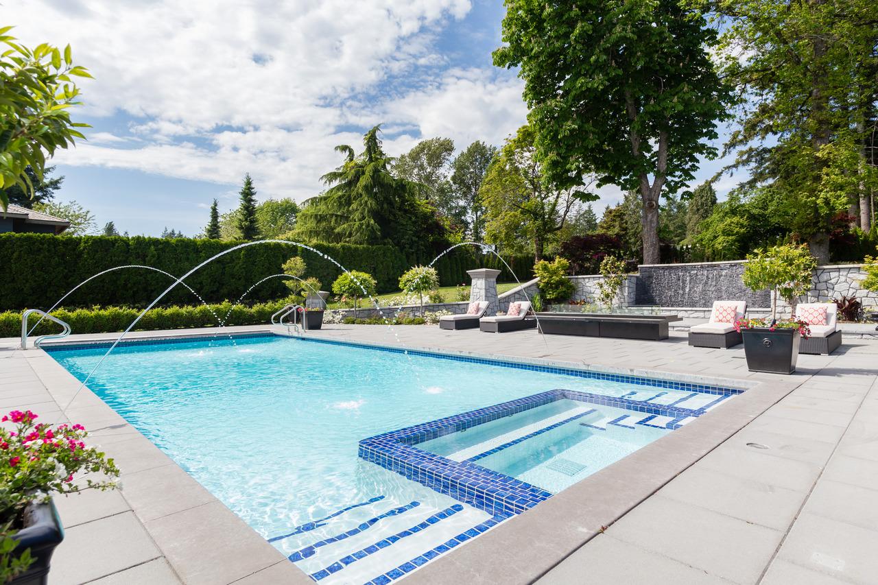 房屋图片 19 of 20 : 13283 56 AVENUE, Surrey / 素裡 - 鲁艺地产 Yvonne Lu Group - 地产专家 MLS Realtor