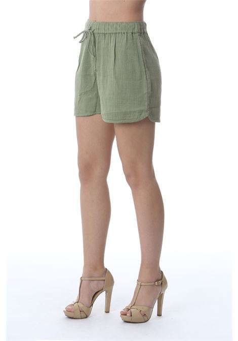 Shorts donna effetto stropicciato DES PETIT HAUTS | Shorts | TIANETTE-1E21041404104