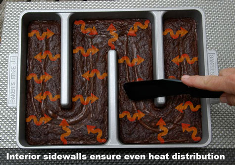 Baker's Edge Brownie Pan ensures even heat distribution.