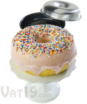 giant donut cake pan set bake a cake that looks like a giant donut. Black Bedroom Furniture Sets. Home Design Ideas