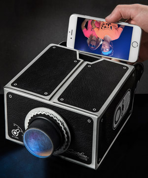 Smartphone Projector: Transform your mobile device into a ...